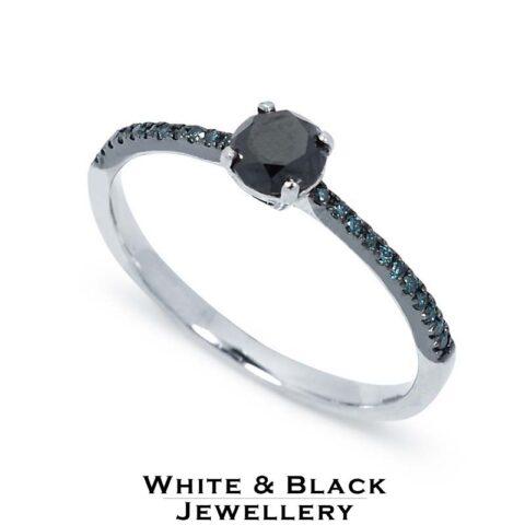 Izgalmas fekete eljegyzési gyűrű